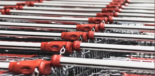 Tuko Logistics - lähikuvassa ostoskärryjä
