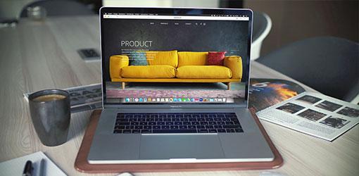 Webshop på en bærbar skærm