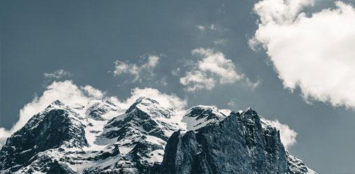 Luminen vuoristomaisema