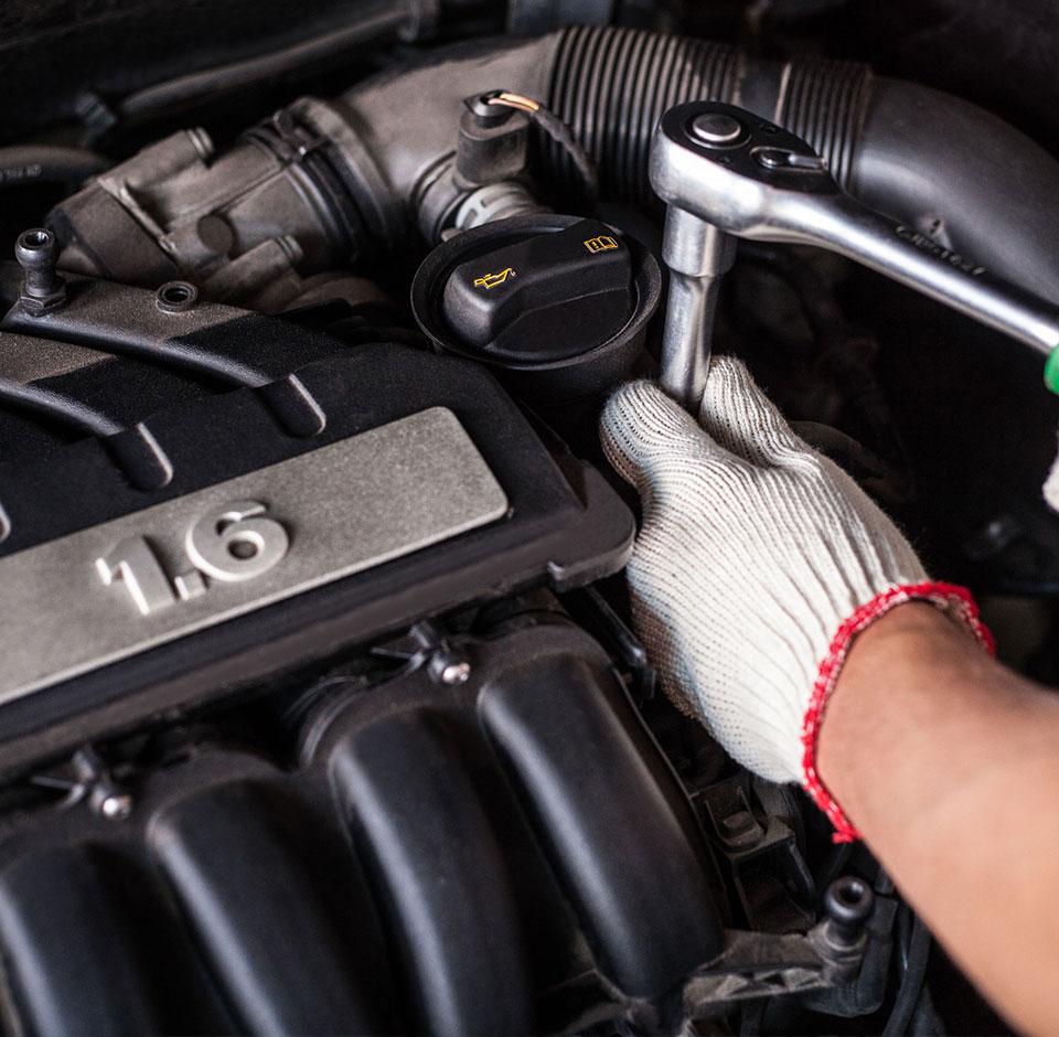 Solteq WebService - Car motor under maintenance